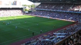 West_Ham_match_Boleyn_Ground_2006 (1)